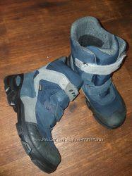 Отличные ботинки на мальчика