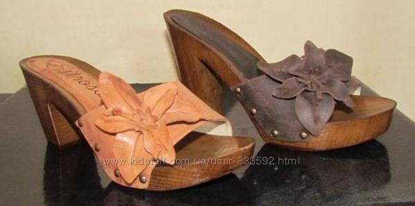 Босоножки-сабо, кожаные, с эффектным кожаным цветком, Италия, Скидка