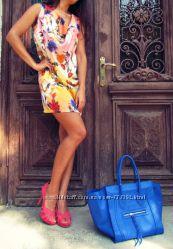 Женское платье мини с ярким принтом, Италия, скидка