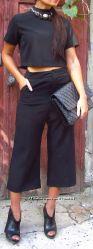 Стильный костюм брюки-кюлоты и кроп-топ, Италия, скидка