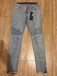 Новые Узкие джинсы Mohito