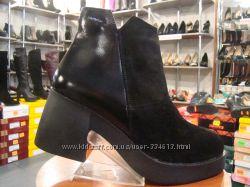 Модные деми ботинки на комфортном каблуке