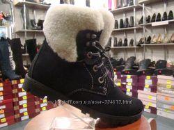 Молодежные зимние ботинки на шнурках