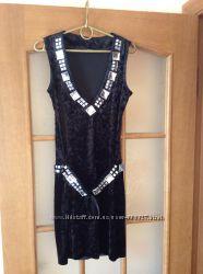 Платье бархатное, размер 36