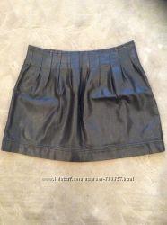 Стильная кожанная юбка Pull&Bear размер М