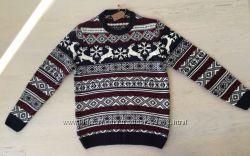 Новый свитер с новогодними оленями