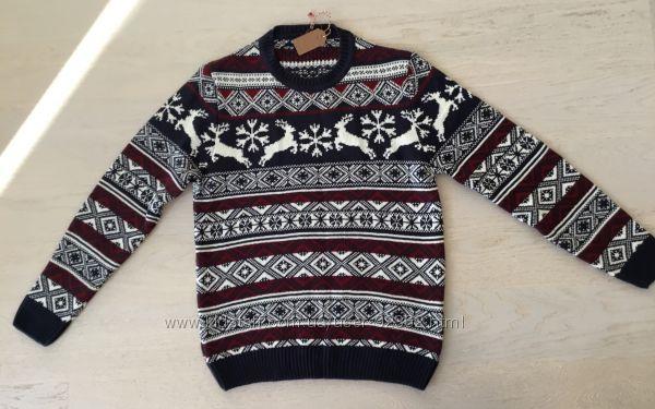 Новый свитер с зимними мотивами