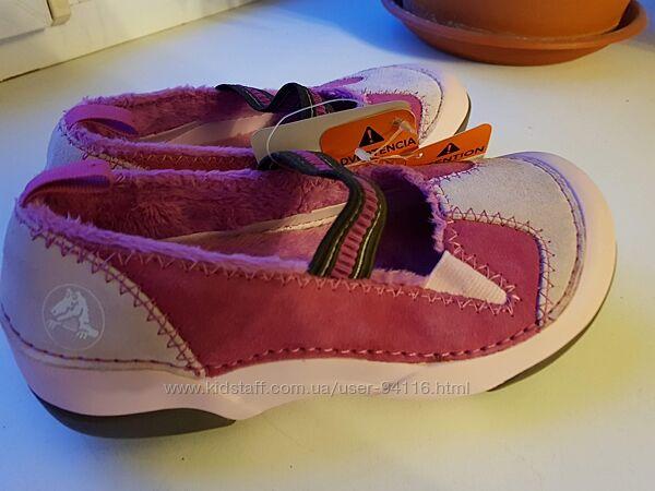 В наличии В наличии туфельки crocs новые замш натуралбный