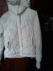 Куртка пуховая , белая , разм. М , 38 , 10