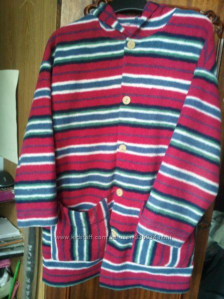 Флисовый халат с капюшоном