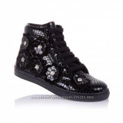 Демисезонные ботинки для вашей модницы