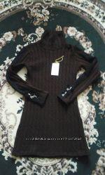 Удлиненный вязаный новый свитер