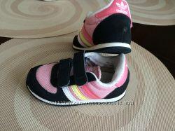 Кроссовки для девочки Адидас adidas оригинал снизила цену