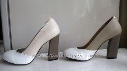 Красивые бело-бежевые туфли Modus Vivendi