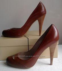 Новые коричневые туфли Corso Como