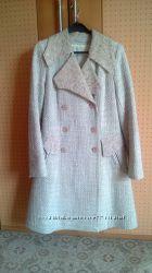 Продам красивое бежевое пальто Sergio Cotti