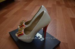 Красивейшие модные туфли Elmira. Идеальное состояние