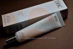 DHC - Гелеобразная основа под макияж. Бархатная кожа. Морщинки подтягиваются.
