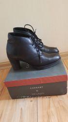 Ботинки кожаные зимние Carnaby идеальное состояние