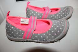 продам туфельки, сменная обувь oshkosn 28 р по стельке 18 см