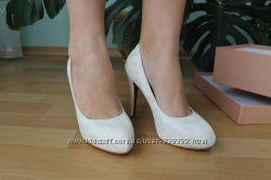 белые свадебные туфли 37 р по стельке 24 см