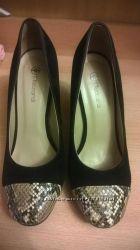 Туфли на красивом устойчивом каблуке