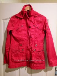 Продам куртку Naf Naf