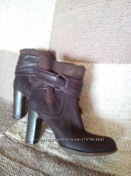 новые итальянские стильные ботинки, натуральный нубук