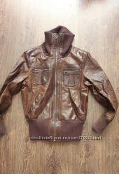 Фирменная кожаная куртка от Ethel Austin