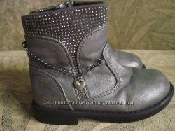 Красивенные ботиночки, сапожки 23р. MarjRose