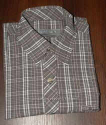 фирменная рубашка размер С- новая Англия