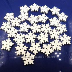 пуговицы- снежинки , деревянные