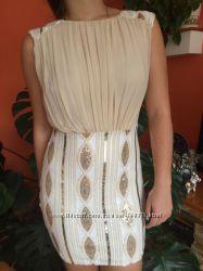 Роскошное пудровое платье для встречи Нового Года