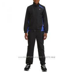 Фирменный спортивный костюм DECATHLON на 10-12 лет
