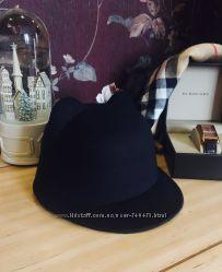Кепка, котелок, шляпка, шапка с кошачьими ушками.