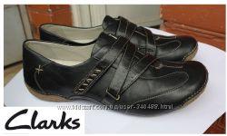 Кожаные мокасины туфли кроссовки Clarks