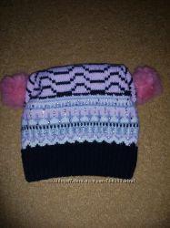 Теплая зимняя шапка на флисовой подкладке на девочку 6-8 лет