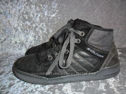 замшевые  деми ботинки S. OLIVER р. 35