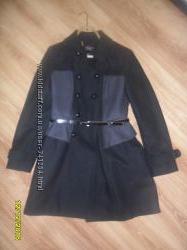 Пальто Viktorias  Secret розмір 8М