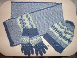 Новый комплект набор, наборчик  шапка, шарф, перчатки.