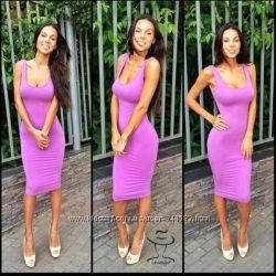 Платье средней длины Оксана Самойлова цвета Фуксия