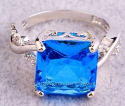 Шикарное Женское кольцо с Голубым большим камнем бижутерия