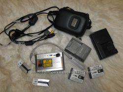 Оригинал SONY DSC-T70 Фотоаппарат куплен в США в BEST BUY