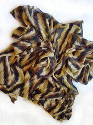 Красочный стильный индийский платок