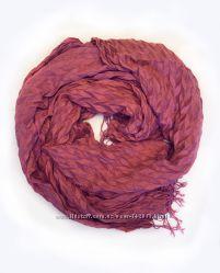 Мягкий гофрированный шарф шикарного розового оттенка