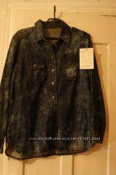 Джинсовая рубашка из Америки фирмы Levi&acutes