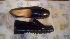 Трендовые лаковые туфли лоферы от GARDENIA Италия