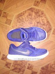 Лёгкие кроссовки Nike оригинал стелька 20 см