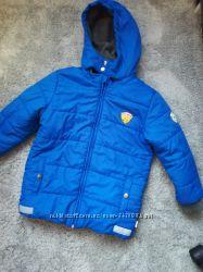 Тёплая курточка на мальчика 7лет