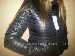 Стильная курточка Moncler, L